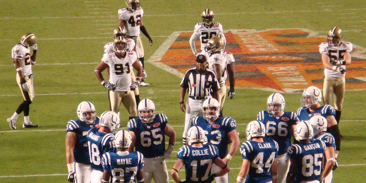 Indianapolis Colts take on the New Orleans Saints