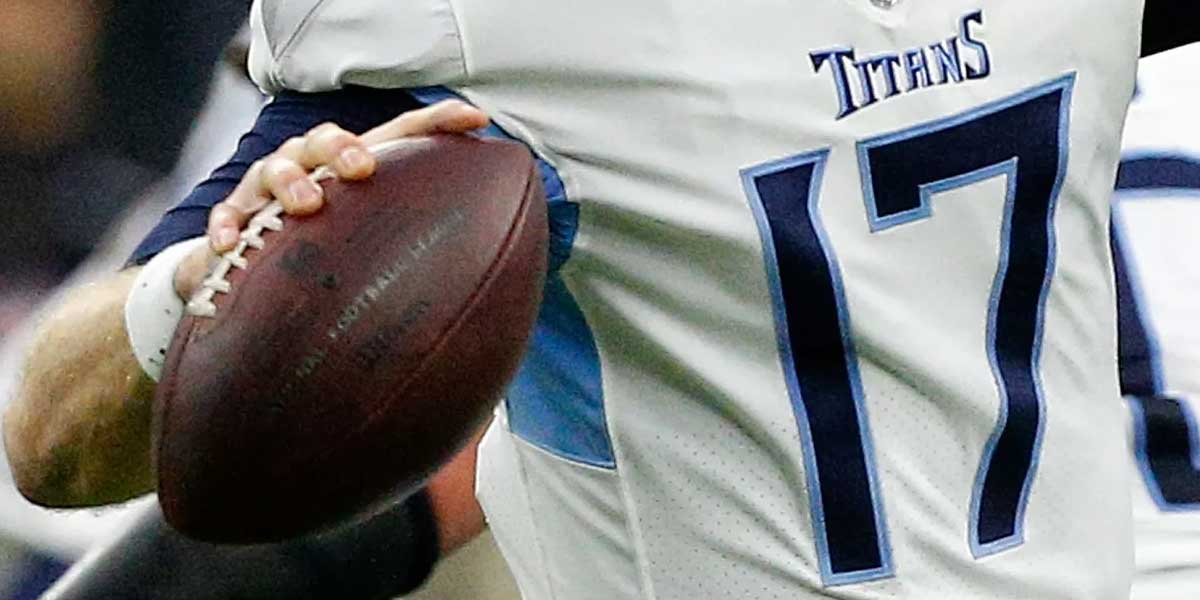 New England Patriots, Tennessee Titans