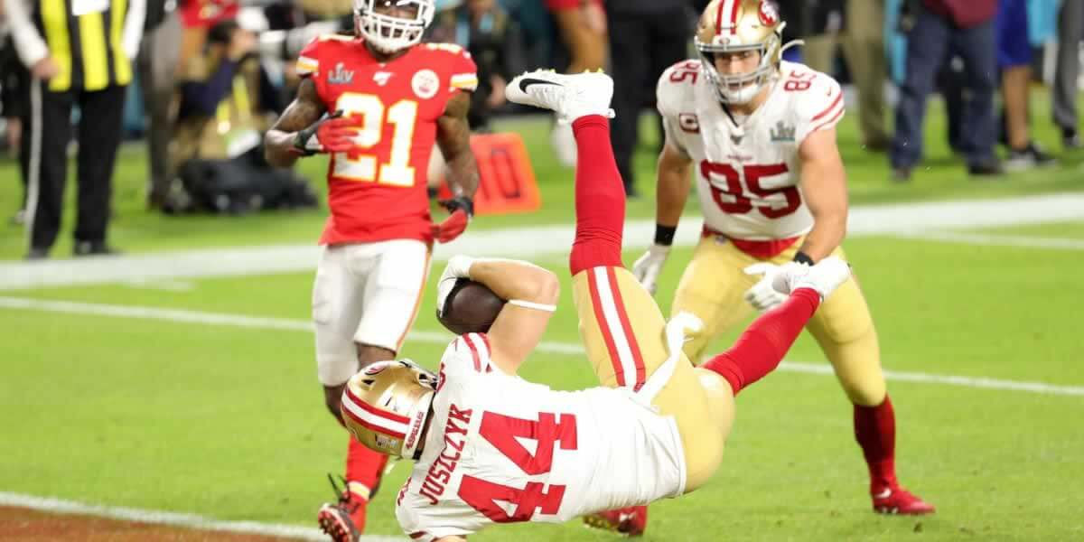 Kyle-Juszczyk-First-Niners-ouchdown